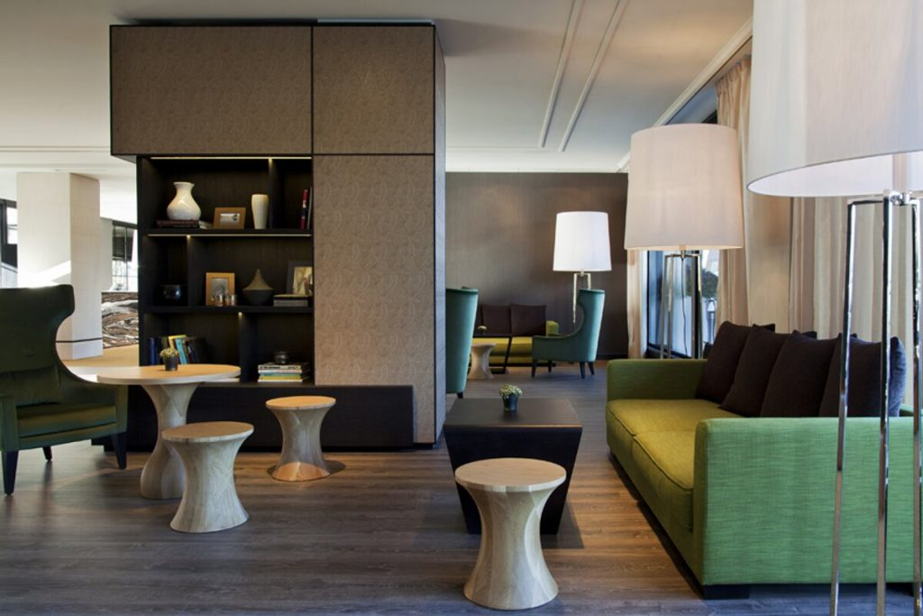hotel crowne - conctract - bizzarridesign